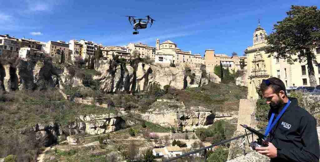 Piloto de drones cuenca